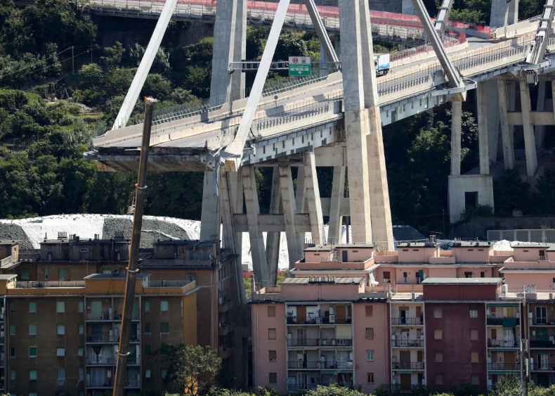 bridge_italy_collaps.jpg
